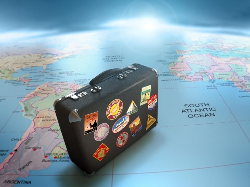 suitcase-maps-globes-travel-1600x1200